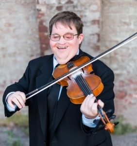 Award-winning fiddle player Michael Cleveland has been named the 2018 Blue Blaze Award Winner for the Smithville Fiddlers' Jamboree & Crafts Festival and he will be accepting the award on Saturday, July 7th at 5pm followed by a mini-concert by Michael Cleveland & Flamekeeper.