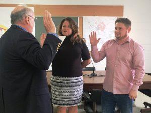 Smithville Aldermen Gayla Hendrix and Brandon Cox take Oath of Office from City Attorney Vester Parsley