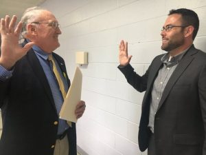 Smithville Mayor Josh Miller Takes Oath of Office from City Attorney Vester Parsley