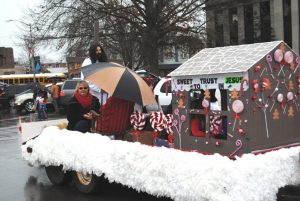 Smithville Christmas Parade: Covenant Baptist Church wins 1st place for float entry