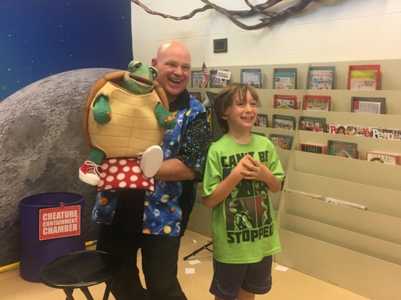 Puppeteer and Magician Barry Mitchell Entertains Kids at Justin Potter Library