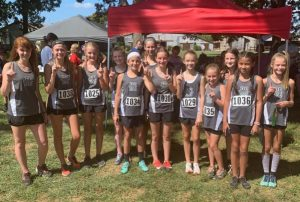 DMS Cross Country girls team wins the Oakland Invitational