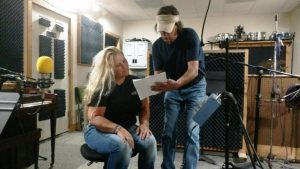 """Singer-Songwriter Tracy Fann (left) with Jim Hicks, host of WJLE's """"Jammin' at the 428"""""""