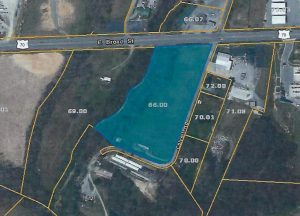 Map shows property at Highway 70 east and Colvert's Lake Road belonging to Greg Dugdale who bought it at auction. Dugdale wants the eight acre site to be annexed in the City of Smithville and later zoned commercial fronting Highway 70 and residential on the back side.