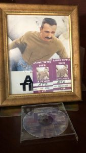 A local business is hosting a fundraiser for the DeKalb Animal Shelter/Coalition. Dixie Belle's at 464 West Broad Street in Smithville is giving you a chance to win an 8 x 10 inch framed autographed picture of Country Star Aaron Tippin along with two autographed VIP ticket stubs and an Aaron Tippin Greatest Hits CD.