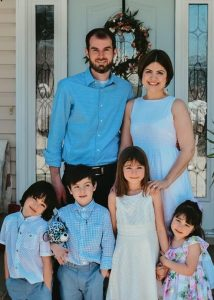 Scott Pack, new Pastor at Elizabeth Chapel Baptist Church with his wife Gabriela and their children Benjamin, Samuel, Ana, and Maria.